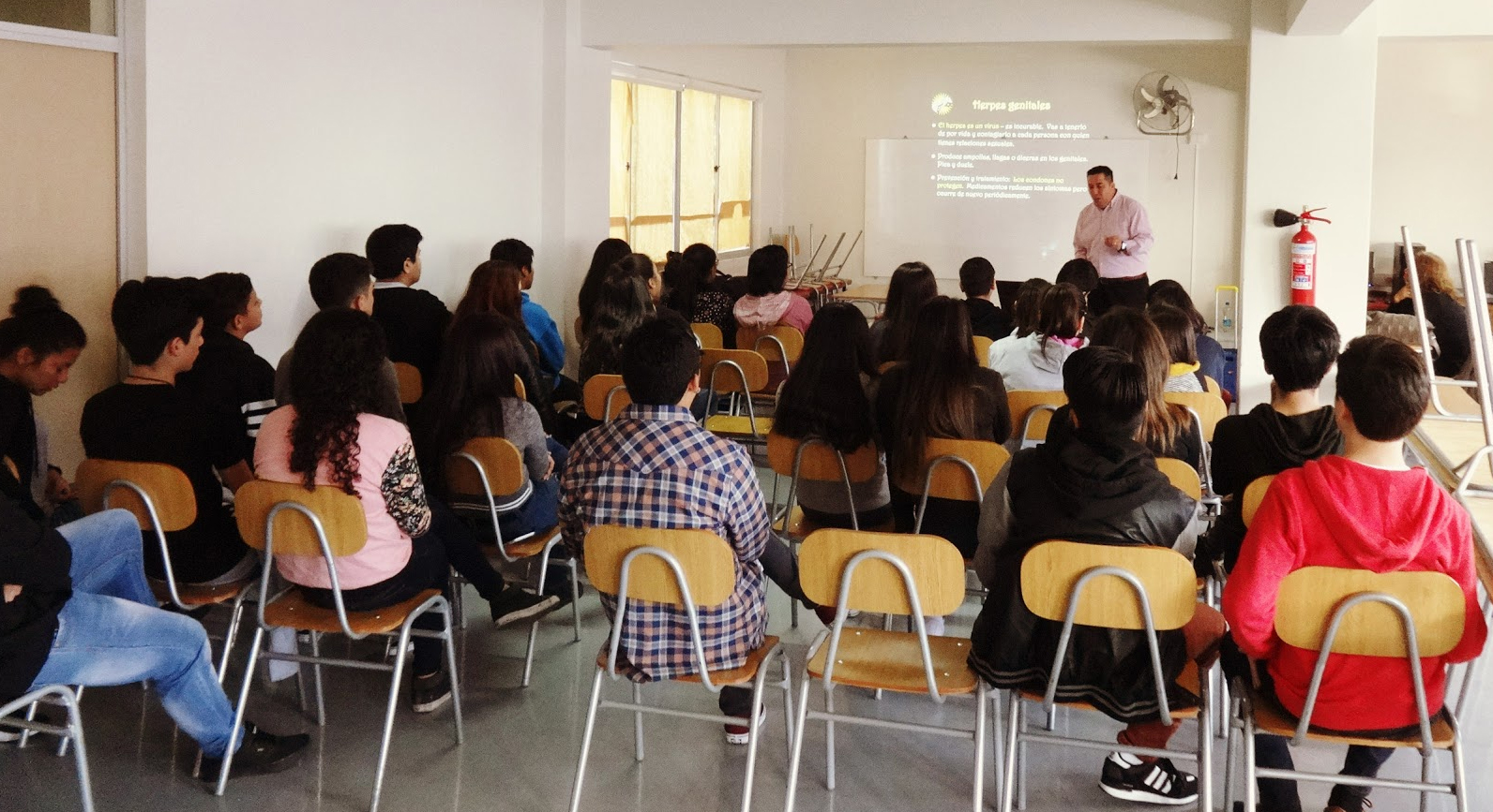 Pastor Cristian at Iquique school